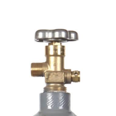Beverage Elements 20 lb co2 cylinder valve closeup